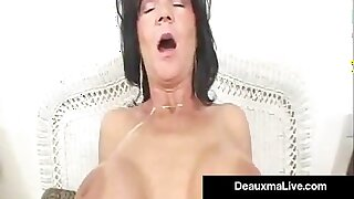 Texas Cougar Deauxma Takes A Big Gumshoe In Her Full-grown Butthole