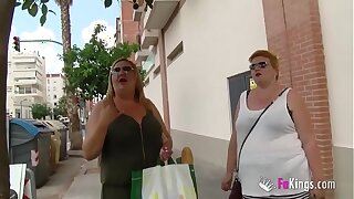 The Spanish Mommies also want to accomplish porn. BBW Blonde Matured Threesome