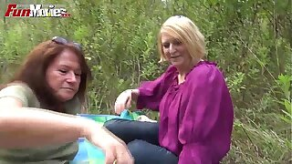 FUN MOVIES Amateur Mature Lesbians fucking in get under one's forest