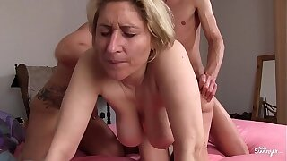 REIFE SWINGER - German dilettante mature swingers banging in hardcore threesome