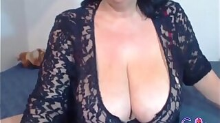 Sexy Hot Granny Showing Will not hear of Body On Cam - gspotcam.com
