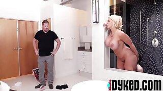 Jenna Ross, Alura Jensen In Hot Housekeeper Gets Dirty