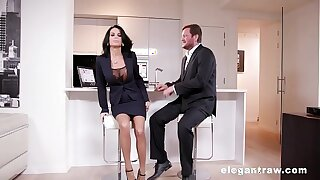 Extremly hot milf gets anally shattered after a affaire de coeur meeting