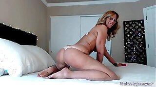 Hot Milf JessRyan Camgirl Big Ass Commotion Mammy