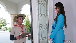 Super Hot Mature Ariella Ferrera takes Young Boy her high horse Safari Castle in the air