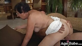 Rob's hot cum in the matter of granny Hettie's fond   frowardness