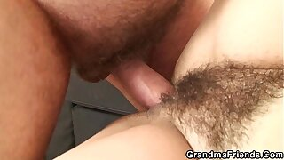 The brush hairy old pussy is toyed and fucked