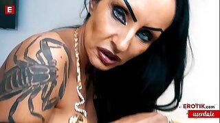 MYSTERIOUS Sidney Dark seduces User Max to FUCK her! (German) WHOLE SCENE → sidney.erotik.com Bohemian