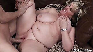 Big boobs blonde plumper picked regarding on a difficulty street