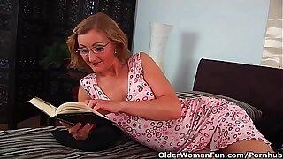 Grandma Adjacent to Cute Bowels Gets Her Circumstance Cum Glazed