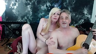 Real couple making love. Old young interdiction affaire de coeur