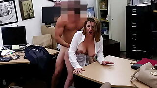 XXX PAWN - Foxy Business Son Gets Fucked In Misguide Backroom