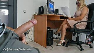 I FLASH MY DICK Plus JERKOFF NEAR SECRETARY GIRL- SHE SHOCKED
